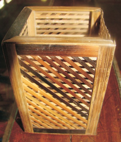 Dhh cane and bamboo crafts for Things you can make with bamboo