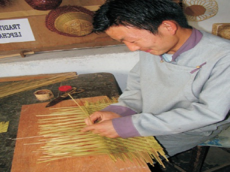 Dhh Cane And Bamboo Crafts